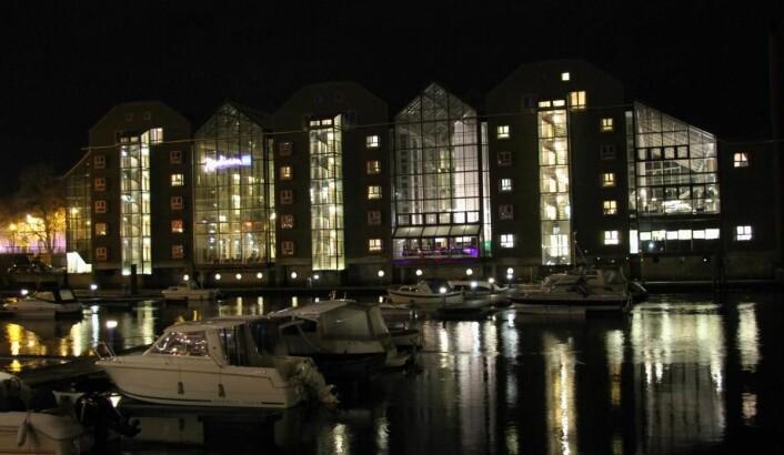 Radisson Blu Royal Garden Hotel ligger ved Nidelva. (Foto: Morten Holt)