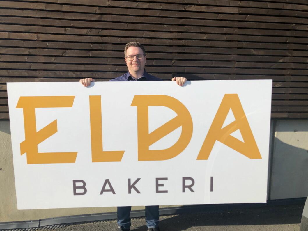 Salgs- og markedsansvarlig for Elda Bakeri, Mattias Skoglund, er storfornøyd med den toårige avtalen med Gress-gruppen. (Foto: Elda Bakeri)