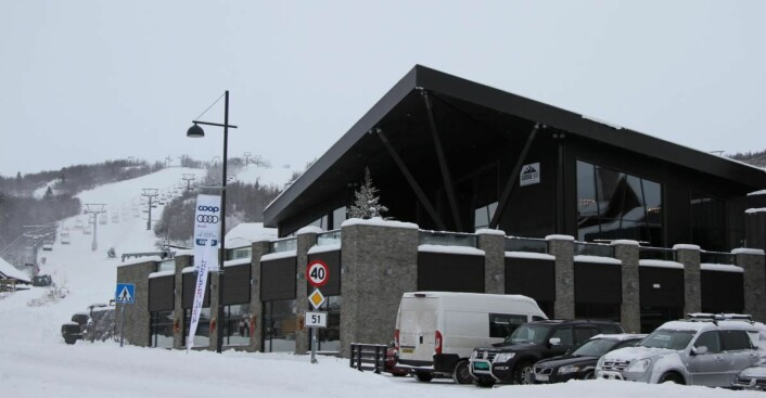 Lodge 900 ligger nederst i alpinbakken på Beitostølen. (Foto: Morten Holt)