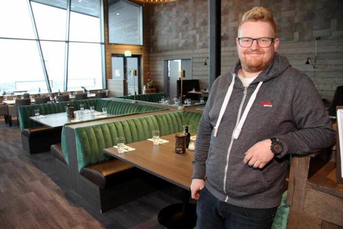 Frank Nordberg i restaurantlokalene til Lodge 900. (Foto: Morten Holt)
