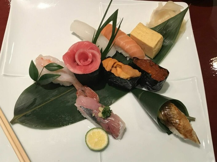 Norsk laks er favoritt-topping når japanske sushimestere lager sushi. (Foto: Christina Neumann/Norges sjømatråd)