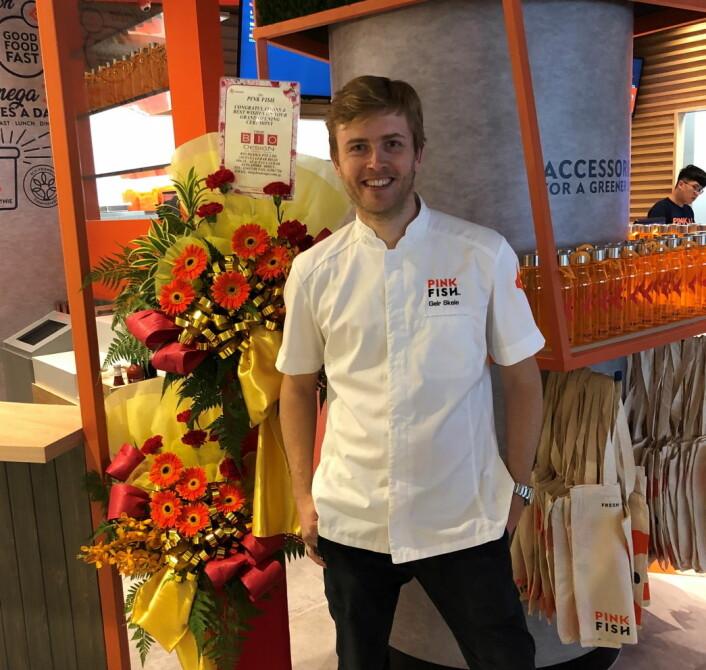 Geir Skeie i den nye Singapore-restauranten. (Foto: Pink Fish)