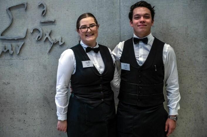 Emily Høgseth Asphaug og David Andres Grønmo Pereira fra Brasserie France er Norges deltakere i servitørklassen i det nordiske mesterskapet i Stockholm i helgen. (Foto: Fredrik Ringe/NKL Rogaland)