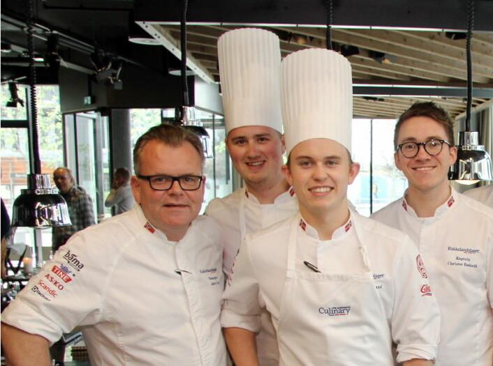 Jørn Lie (til venstre) har fra før Aron Espeland og Christer Rødseth i sin stab. Nå er også Christian Honstad (nummer to fra venstre) ansatt. (Foto: Morten Holt)