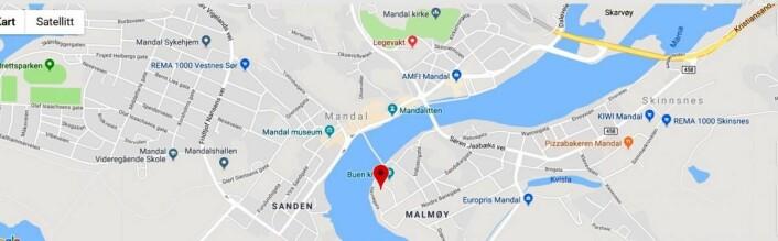 Her ligger Mandal Hotel.