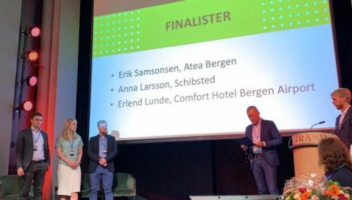 Erlend Fardal Lunde hedret som ung leder i Bergen. (Foto: Comfort Hotel)