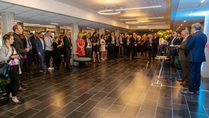 Over 200 personer feiret åpningen av «nye» Quality Hotel Sogndal. (Foto: Gerhard Holm)
