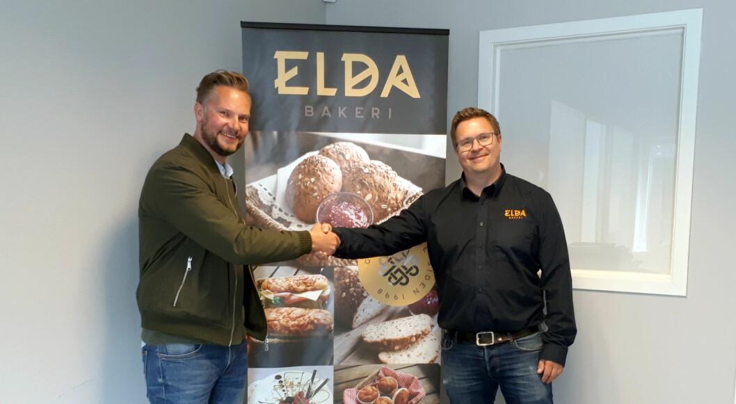 Magne Karoliussen fra NHO Reiseliv Innkjøpskjeden (til venstre) og Mattias Skoglund fra Elda Bakeri. (Foto: NHO Reiseliv Innkjøpskjeden)