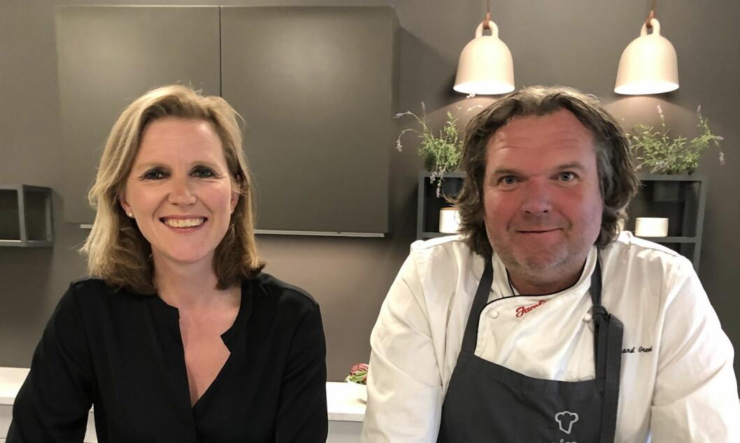 Juryen består av Anne Kristin Vie fra forbukerådet (til venstre), kokk Bård Greni (til høyre) og kommunikasjonssjef i OFG, Gerd Byermoen. (Foto: OFG)