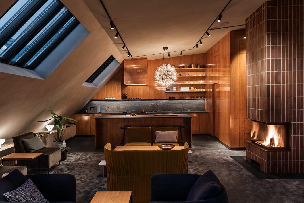 På restaurant Frantzén legges det stor vekt på akustikken med blant annet himliger fra Rockfon. (Foto: Erik Lefvander)