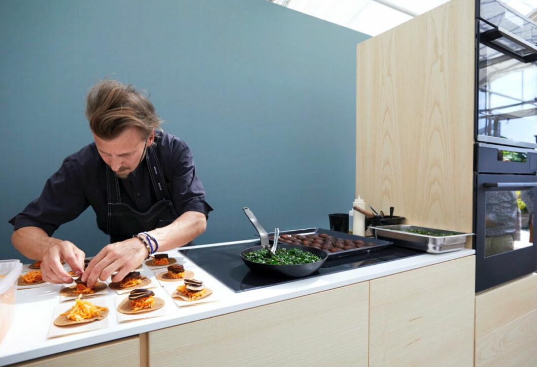 Paul Svensson er en av Sveriges mest kjente kokker, og jobber aktivt mot matsvinn. (Foto: Electrolux)