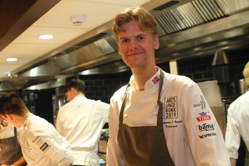 Aleksander Løkkeberg Vartdal er utvilsomt blant de heteste kandidatene til å vinne den første utgaven av Årets unge kokk. (Foto: Morten Holt)