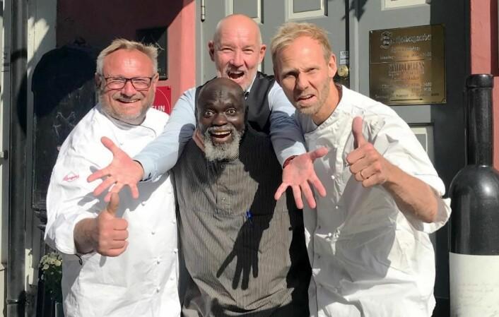 Disse fire har vært med på Statholdergaarden-laget i 25 år. Bent Stiansen,Jammeh Bakary, Stein Gundersen og Torbjørn Forster. (Foto: Statholdergaarden)