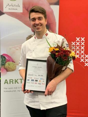 Kristoffer Myrvoll fra restaurant Lyst På i Bodø er vinner av Arktisk kokk 2019. (Foto: Eirik Nilssen, Matbyrået Impuls)