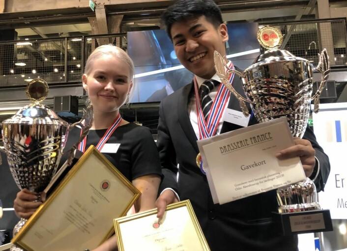 Therese Gjesti Friis fra Oslo Militære Samfund og Bryan Matthew Santos fra Brasserie France var de beste servitørlærlingene i Oslo og Akershus Cup. (Foto: Privat)