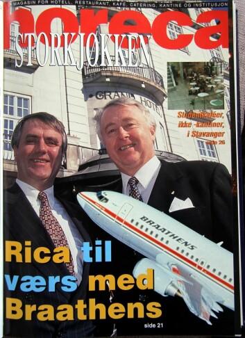Forsiden av Horeca Storkjøkken, nummer 31998. Jan E Rivelsrud sammen med tidligere konsernsjef Ole-Jacob Wold, som har skrevet dette minneordet sammen med Gisle Evensen.