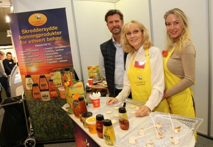 Jon Bugge (fra venstre), Turid Ekstrøm og Sabine Hannevig hos Pehan Produkter. (Foto: Morten Holt)