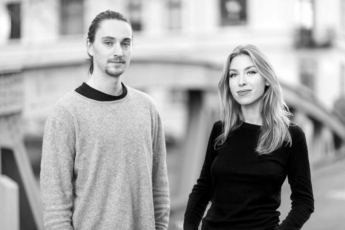 Gründerne bak selskapet er paret Carl Fredrik Nordberg Shjøtt-Falster og AmandaKausland. (Foto: Fly Chicken)