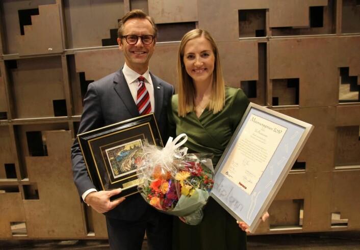 Prisvinner Ida Kristiansen sammen med juryleder Ivar Villa. (Foto: Morten Holt)
