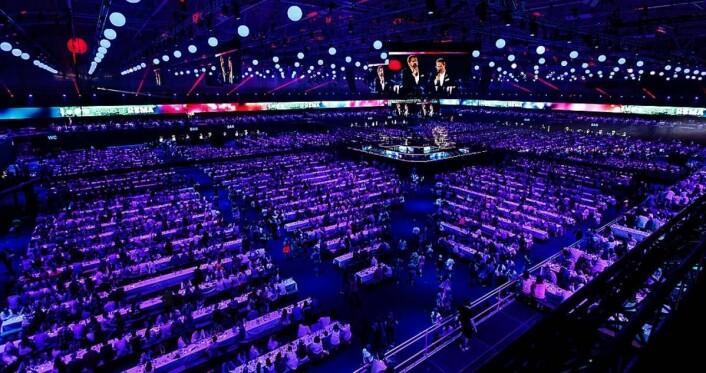 Telenor Arena er landets største innendørs arena og har en totalkapasitet på 25 000 mennesker. (Foto: Kilian Munch)