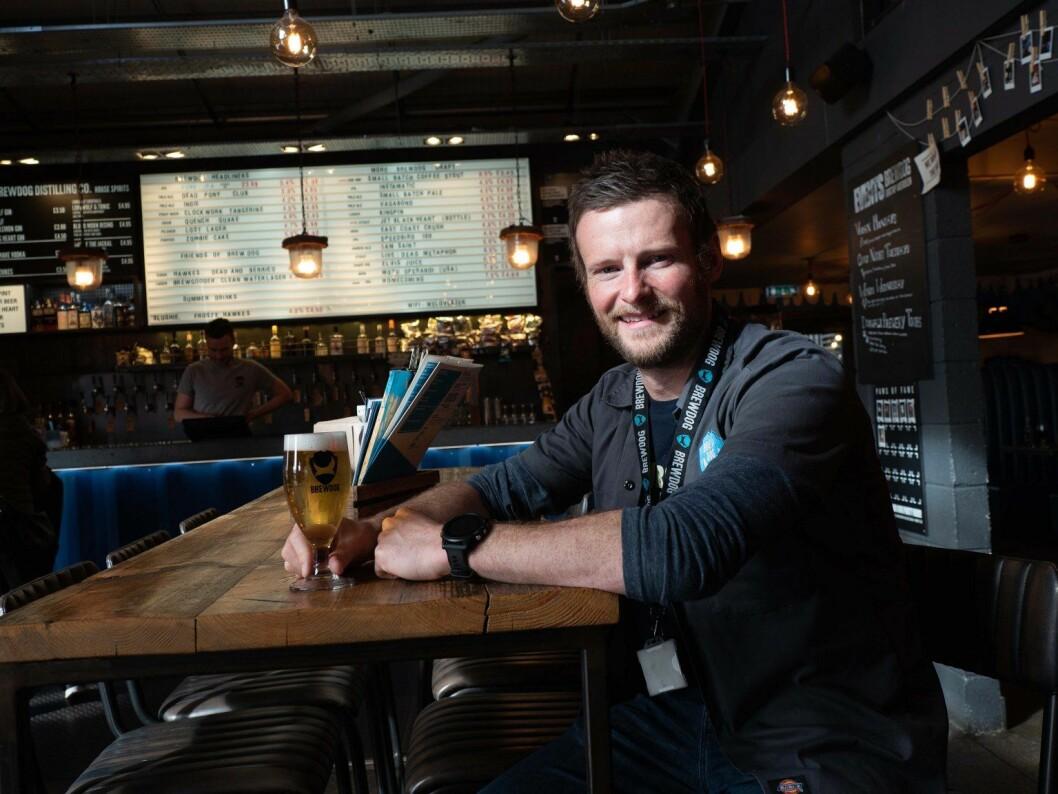 Alkoholfritt øl er på vei til å bli det helt store, forteller kvalitetssjef Fraser Gormley hos Brewdog. (Foto: Georg Mathisen)