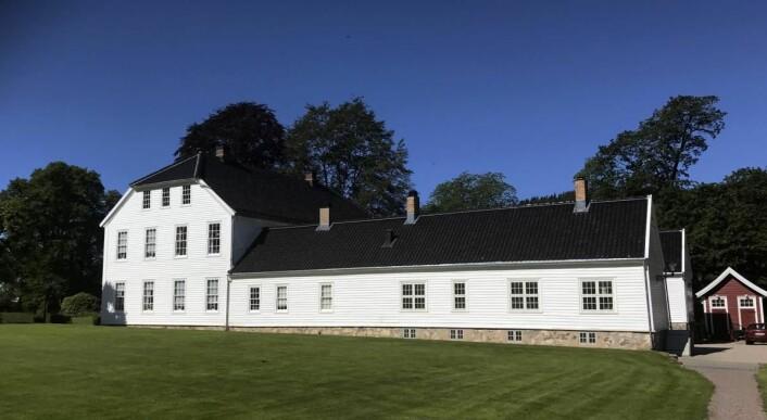 Hovedhuset på Boen Gård. (Foto: Morten Holt)