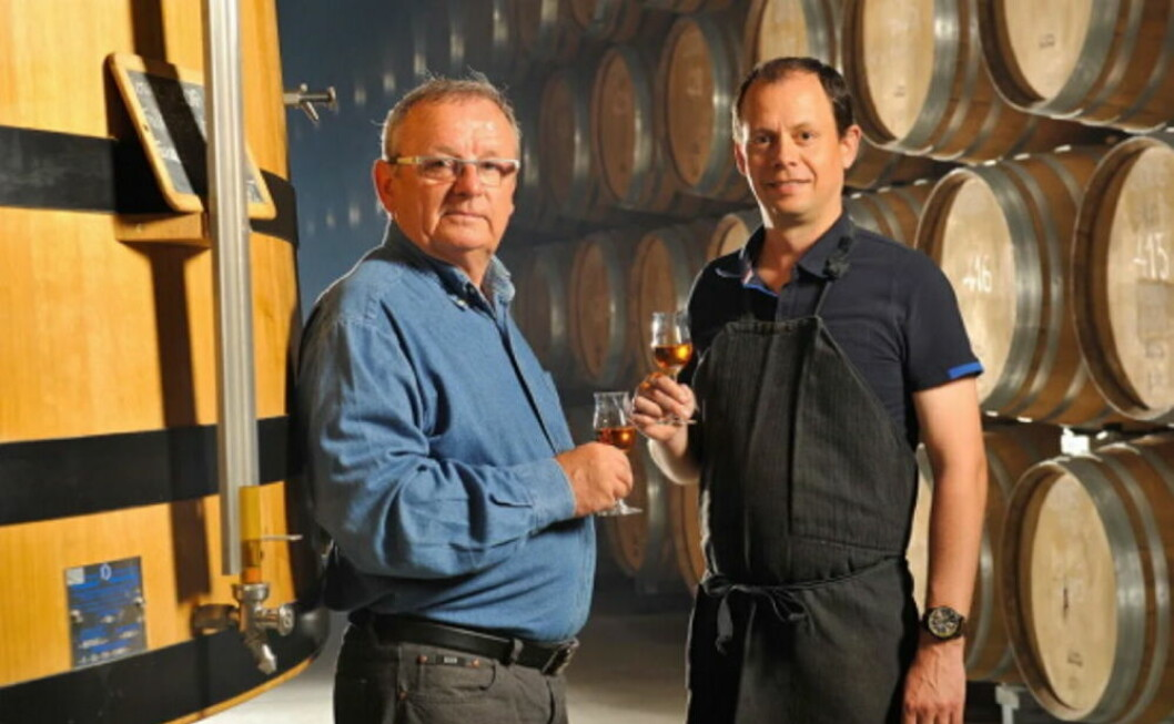 5. generasjons vinmaker Michel Vallet og 6. generasjons vinmaker Laurent Vallet. (Foto: Château Montifaud)