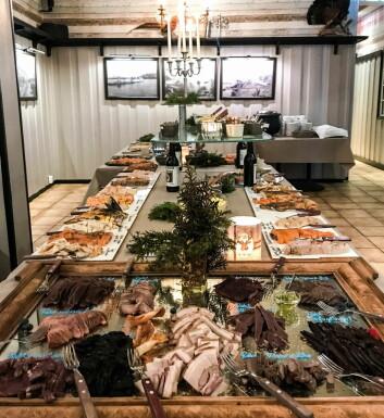 Mellom 60 og 80 ulike viltsmaker på buffeten, inkludert sel, grevling og bever. (Foto: Majorens Kro og Stue)