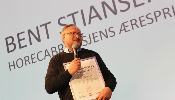 Bent Stiansen fikk Horecabransjens Ærespris tirsdag 3. mars. (Foto: Morten Holt)
