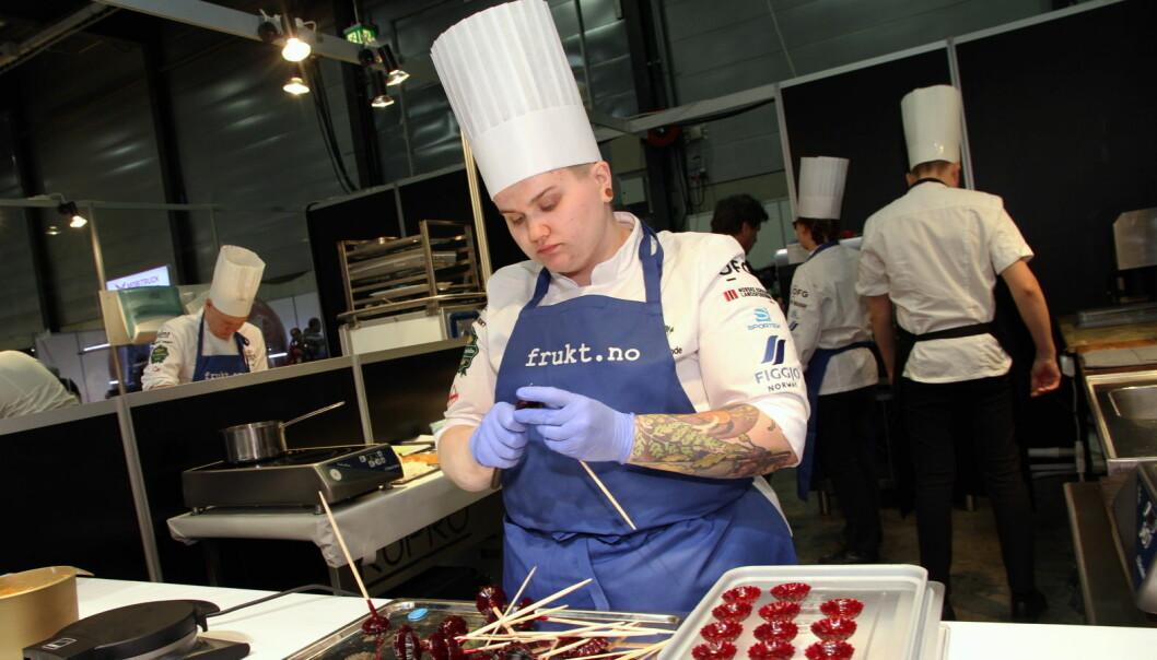 Eline Sofie Sunde fra Hotel Bristol i Årets grønne kokk 202o. (Foto: Morten Holt)