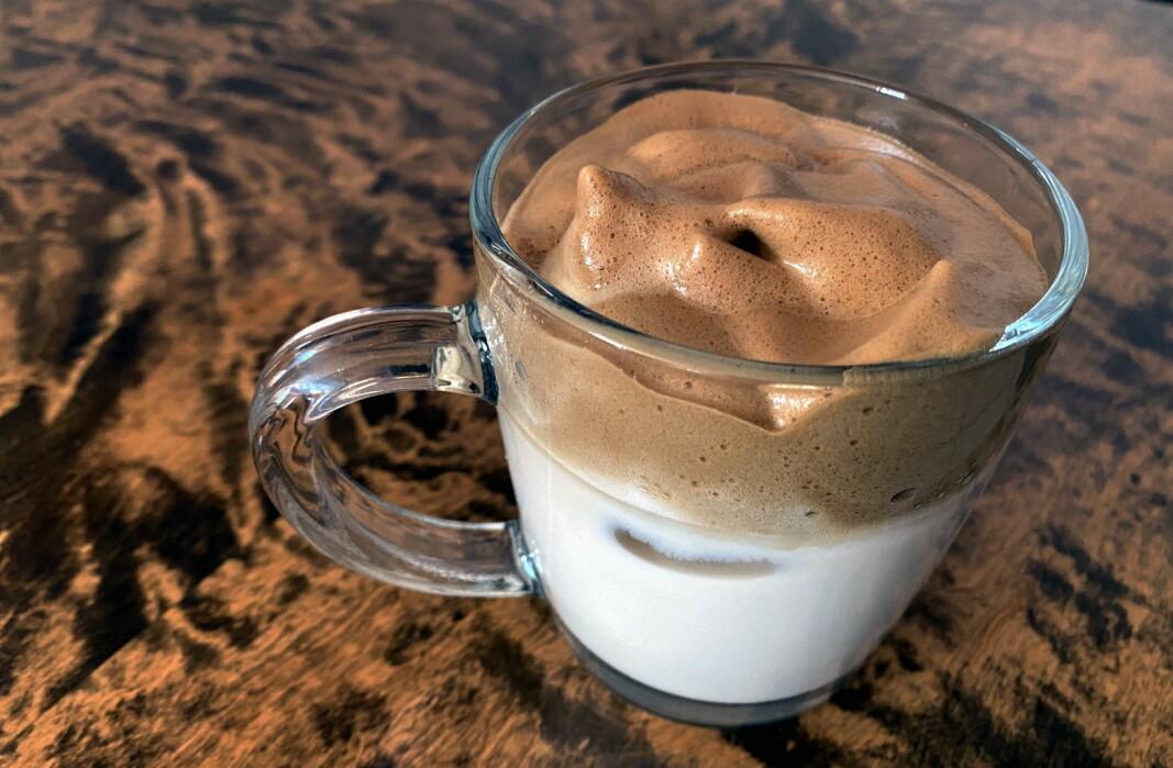 Dalgona-kaffe. (Foto: Heidi Fjelland)