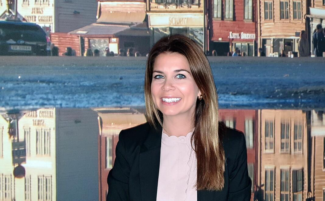 Kristine Hjelmeland Iversen er hotelldirektør for Thon Hotel Rosenkrantz Bergen, som gjenåpnes onsdag 20. mai (Foto: Thon Hotels)