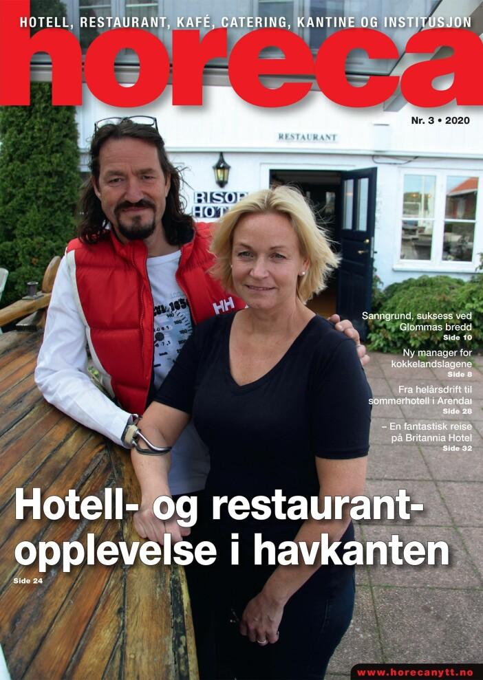 Forsiden på Horecas tredje utgave i 2020. Mona Gjester Eikeland og Dag Eikeland driver Risør Hotel og Stangholmen fyr. (Foto: Morten Holt/layout: Tove Sissel Larsgård)