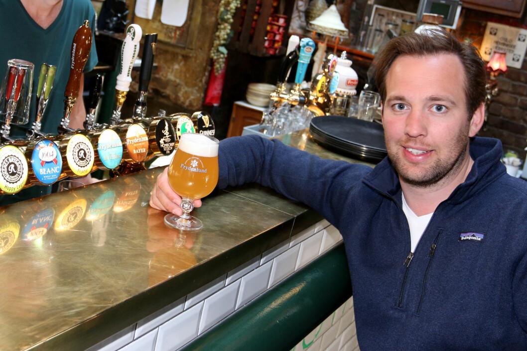 Hans Petter Gramer sikter mot to millioner solgte liter av fruktig IPA i år. (Foto: Ringnes)