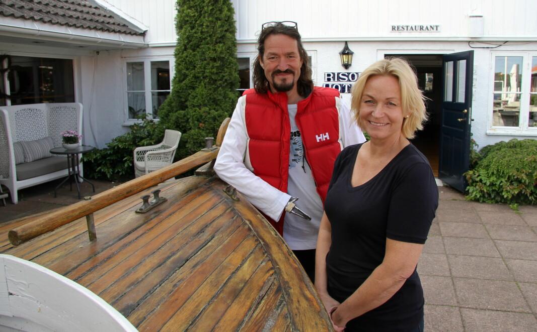 Mona og Dag Eikeland driver Risør Hotel og Stangholmen fyr. (Foto: Morten Holt)