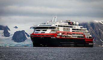 Hurtigruten starter hybridseilinger rundt Svalbard