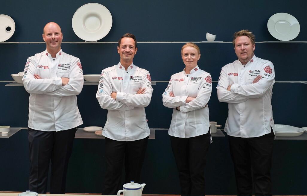 Fra venstre Andreas Myhrvold, Sebastian Myhre, Inger Renathe Østmo og Gunnar Hvarnes. (Foto: Christian Gjerdevik Vassdal)