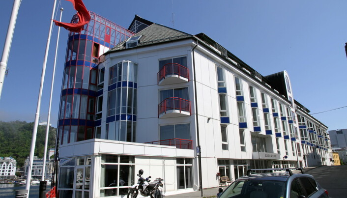 Fra Scandic Ålesund til Thon Hotel Ålesund. (Foto: Morten Holt)