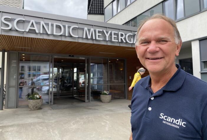 Trønderen Ove Bromseth havnet på Meyergården. Nå har han ledet hotellet i 25 år. (Foto: Morten Holt)