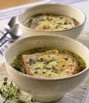 Løksuppe er varmende høstmat. (Foto: OFG)