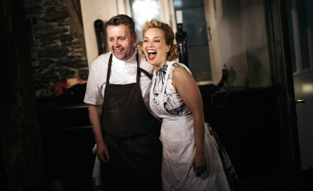 Torill og Sven Erik Renaa kan juble - nok en gang. Re-Naa er kåret til Nordens beste restaurant. (Foto: Tommy Ellingsen/Re-Naa)