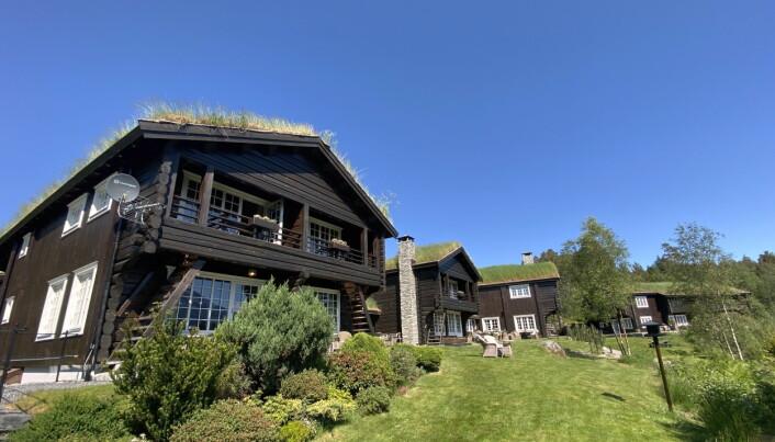 Hotellet er bygd med gammel norsk lafteteknikk. (Foto: Morten Holt)
