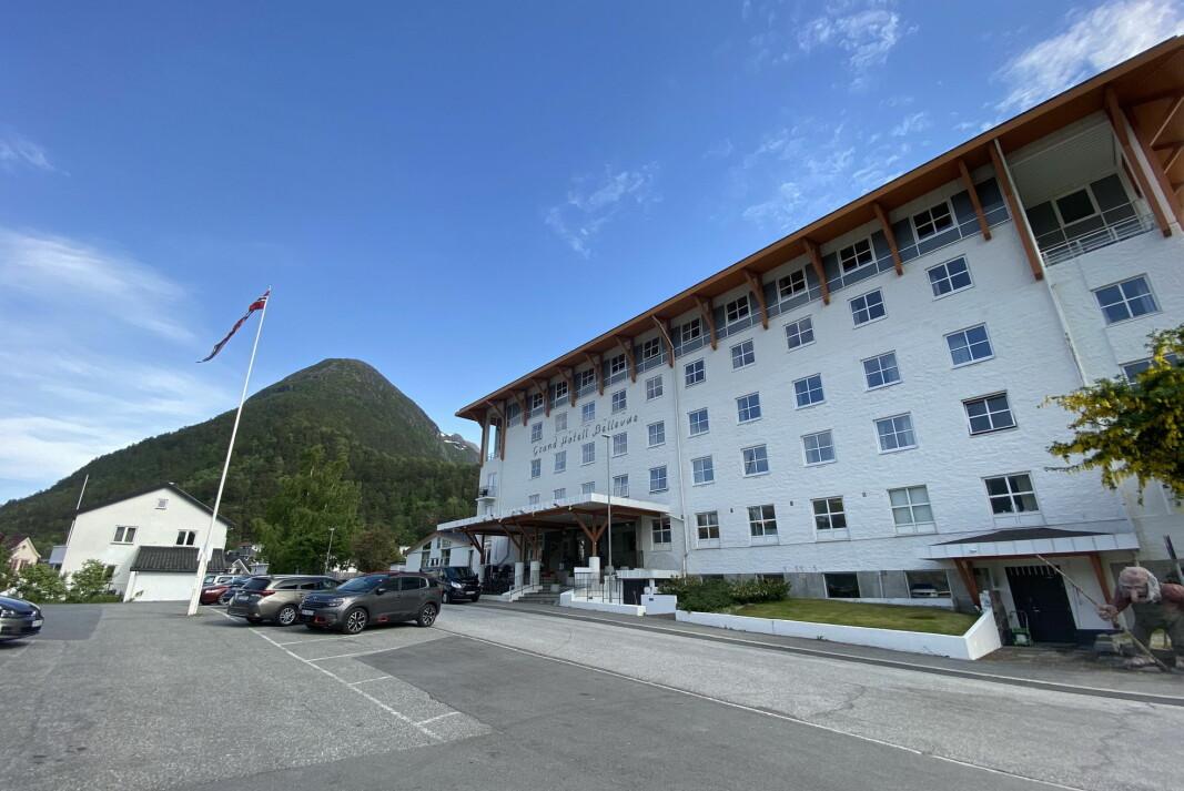 Grand Hotel Bellevue i Åndalsnes går inn i Classic Norway Hotels. I bakgrunnen toppen med den populære