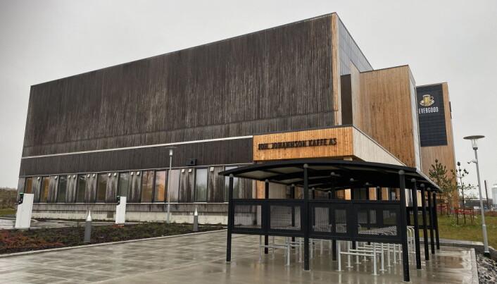 Joh Johannson Kaffes nye bygg på Vestby er i hovedsak oppført i heltre. (Foto: Morten Holt)