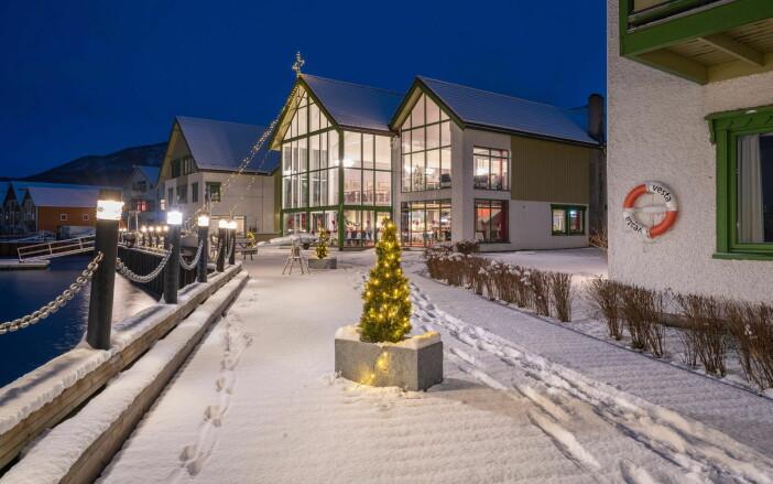 Rognan Hotell i vinterpryd. (Foto: Rognan Hotell)