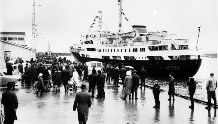 MS Lofoten ankommer Bodø på sin første rundtur 8. mars 1964. (Foto: Museum Nord/Hurtigruten)
