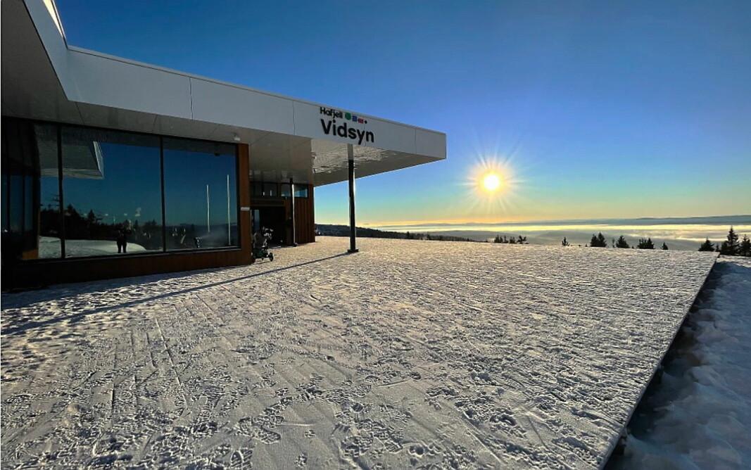 Ingenting å si på utsikten eller været på åpningshelgen av Vidsyn i Hafjell. (Foto: Veslemøy Eineteig Wedum).