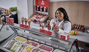 Lanserer iskremtilbehør til landets isbarer