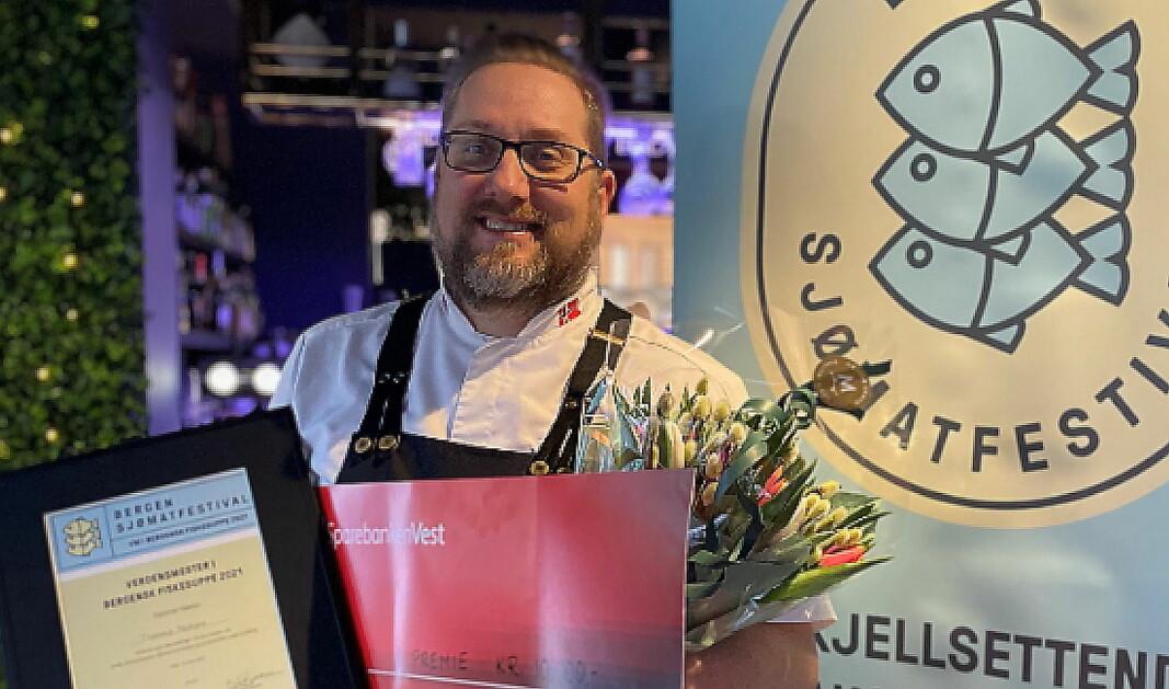 Thomas Madsen fra Matgal er «Verdensmester i bergensk fiskesuppe». (Foto: Bergen sjømatfestival)