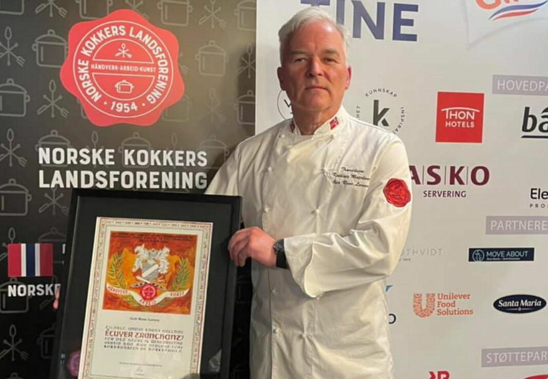 Geir Rune Larsen har fått NKLs høyeste utmerkelse, André Enghs Gullnål. (Foto: NKL)